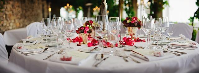 Masa de nunta, aranjament masa nunta la restaurant