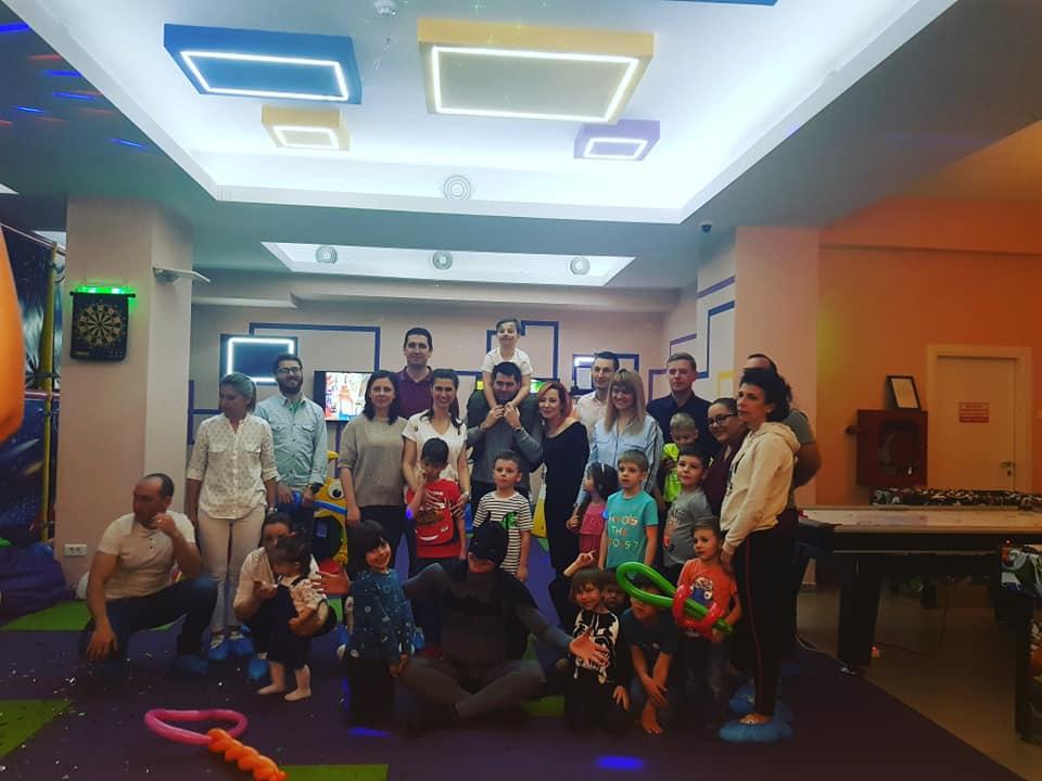 GokidsGolocatie petreceri pentru copii poza final